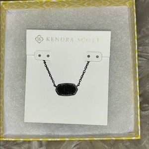 KENDRA SCOTT NECKLACE 🌟